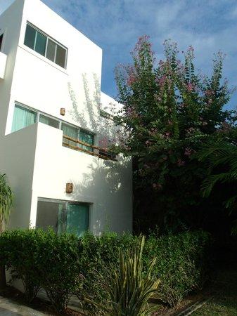 Villas H2O:                   Hotel