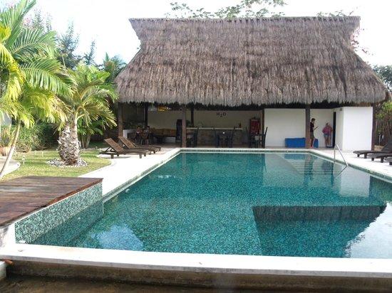 Villas H2O:                   Pool