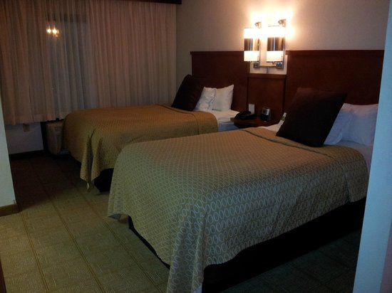 Hyatt Place Charlotte Airport/Tyvola Road: 2 double beds