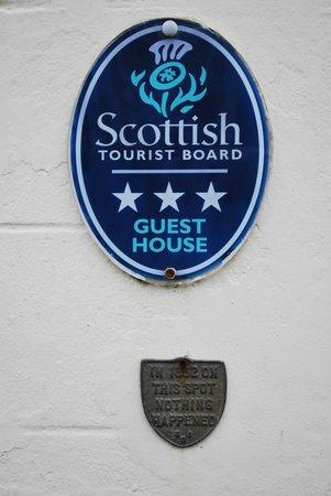 Breadalbane House:                   Sign @ the Frontdoor