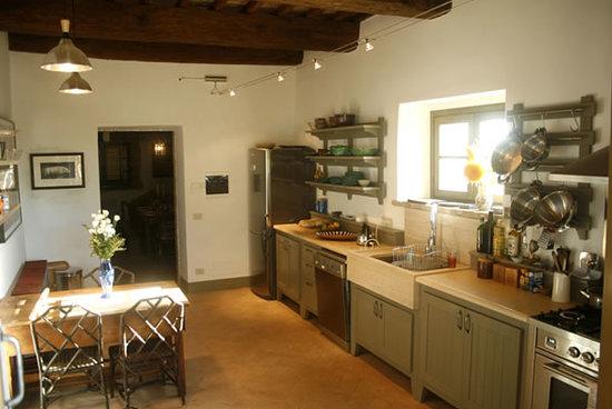Le Colline Dei Sogni - San Casciano Dei Bagni : Ground floor kitchen