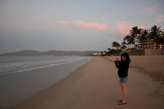 Hotel Riu Vallarta:                   beach looking north to Bucereous