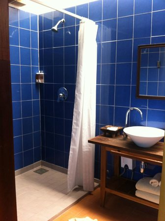 The Stage Koh Chang: bathroom