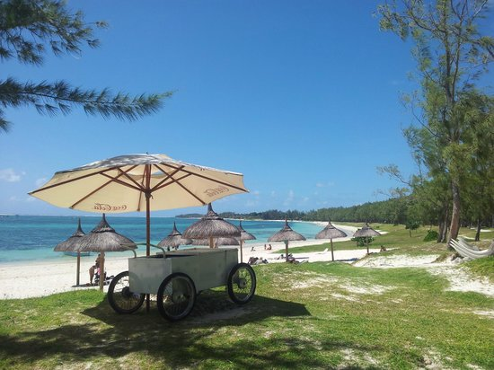 Emeraude Beach Attitude:                   Strand