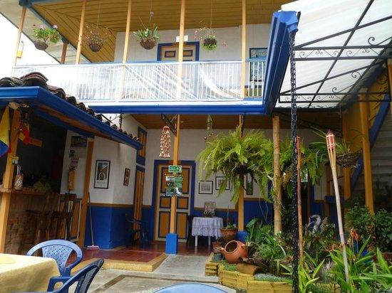 Ciudad de Segorbe Hostel Salento :                   Courtyard