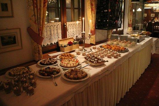 BEST WESTERN Alpen Resort Hotel: Dessert - Buffet