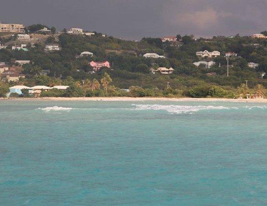 بوكانير بيتش كلوب:                   Piscina e accesso spiaggia                 