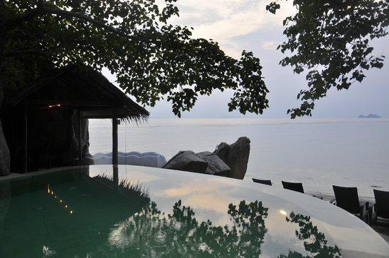 THE BAY Resort & Restaurant: Pool area