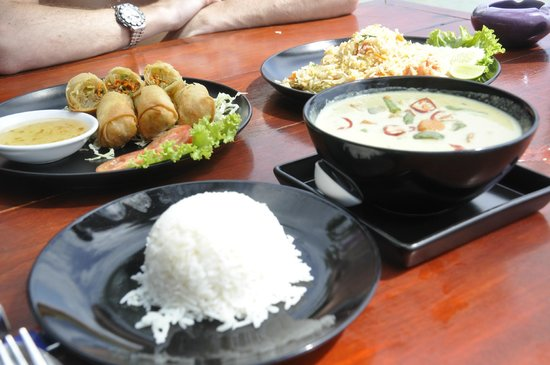 THE BAY Resort & Restaurant : Delicious food