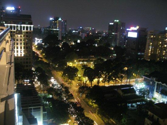 Sofitel Saigon Plaza:                                     sofitel_saigon_12