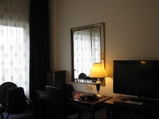 Thon Hotel Opera:                   Der erste Eindruck vom Zimmer