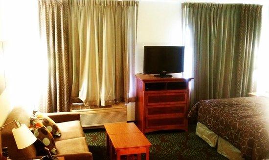 Staybridge Suites Minneapolis Maple Grove:                   TV, sofa, bed
