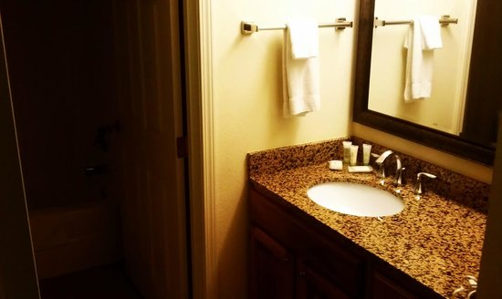 Staybridge Suites Minneapolis Maple Grove:                   Bathroom sink