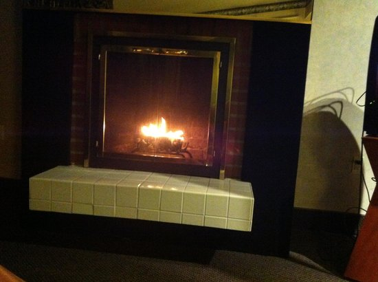 Cove Haven Resort:                   nice fireplace