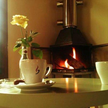 T'Alonaki: Fireplace