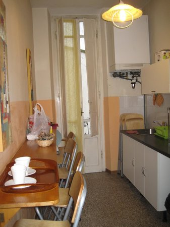 Ridolfi Guest House:                   Kitchen