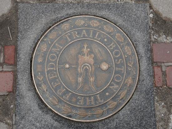 freedom trail self guided walking tour