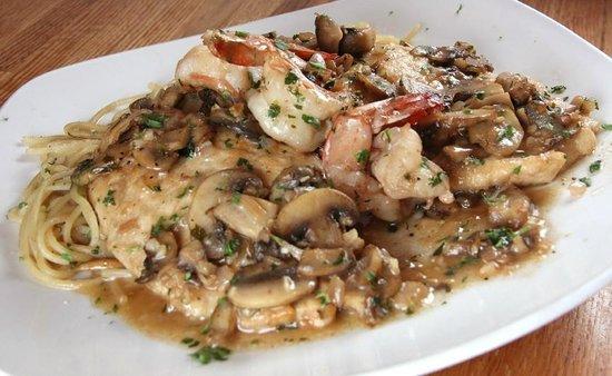 Sal's Italian Restaurant & Pizzeria: Fried Calamari