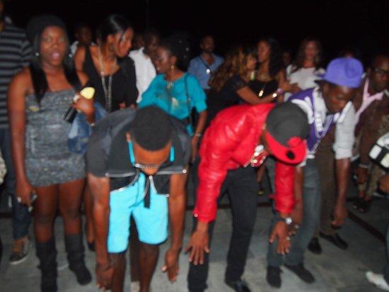 Pier 1: Locals dancing