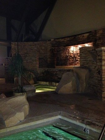 The Lodge at Woodloch:                   Indoor pool and jacuzzis