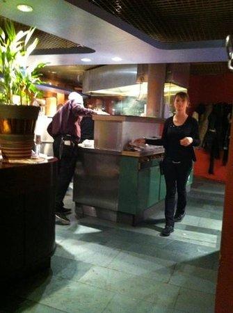 EKU Light Up - Picture of Eku Inn, Nuremberg - TripAdvisor | {Küchencenter 27}