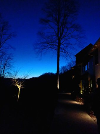 Tuckasiegee River Mountain Lodge:                   The Lodge at night
