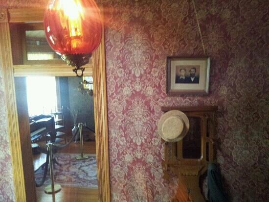 Bayless-Selby House Museum:                   inside