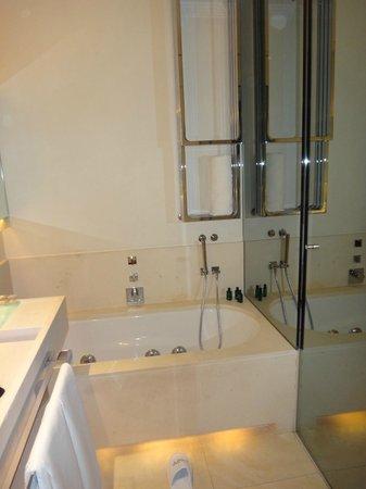 ABaC Barcelona: salle de bain