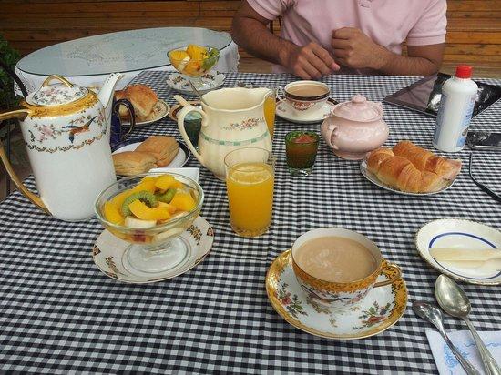 Hotel Estancia de la Cruz: Desayuno