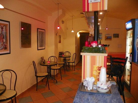 Cafe Gourmet: getlstd_property_photo
