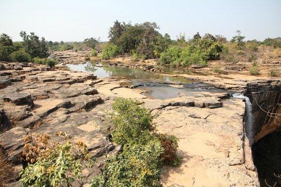 Thamada Ghumar Falls:                   .