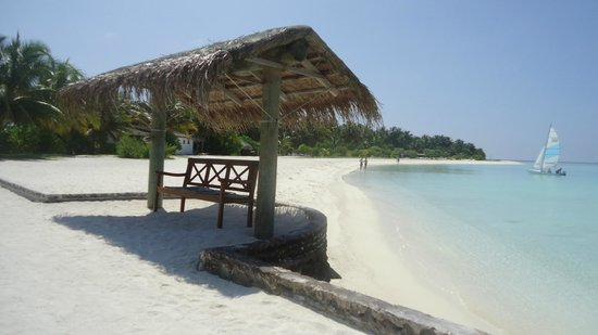 Rihiveli by Castaway Hotels & Escapes:                   panchina