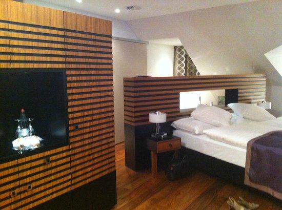 Art Deco Hotel Montana Luzern:                   penthouse spa suite