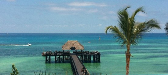 Sea Cliff Resort & Spa:                   There are no words for the beauty of the Sea Cliff pier on the ocean