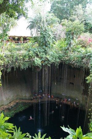 Cenote Ikil: cénote