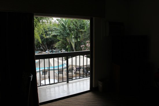 BEST WESTERN Naples Inn & Suites:                   balcony area overlooking the pool