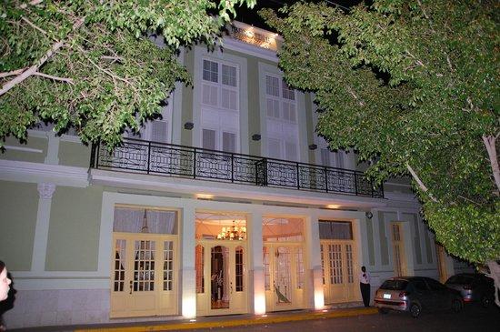 Iberostar Grand Trinidad:                   night shot