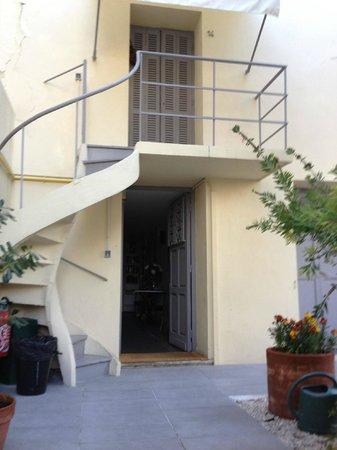 Clair Hotel:                   Balcon