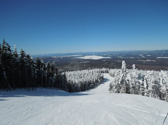 Saddleback Maine:                   The view from the top on another bluebird day.