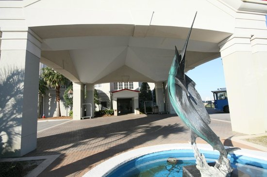 Charleston Harbor Resort & Marina:                   Front entrance of CHR