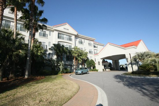 Charleston Harbor Resort & Marina:                   Front of CHR