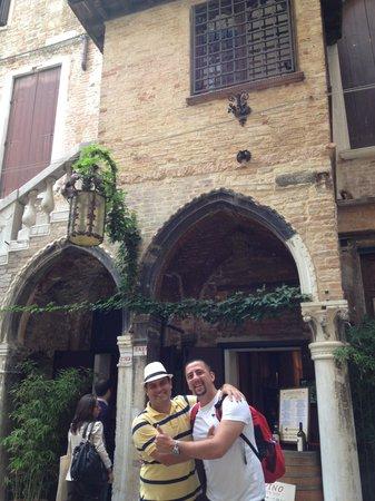 Duodo Palace Hotel: Entrada