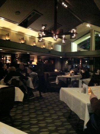 Del-Bar:                   The dining room
