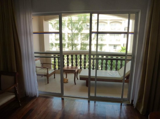 Hotel Somadevi Angkor Resort & Spa:                   La terrazza