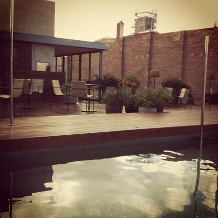 Barcelo Raval:                   terraza