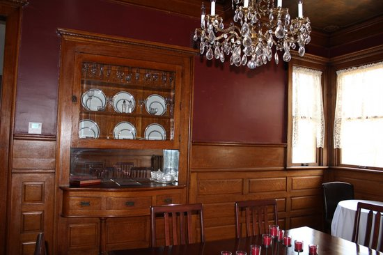 Market Street Inn:                   one of 2 dining rooms