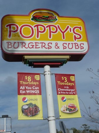 Poppy's Burgers and Subs: Note the specials...