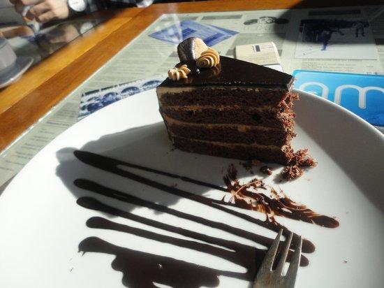 Jazzve :                   cake