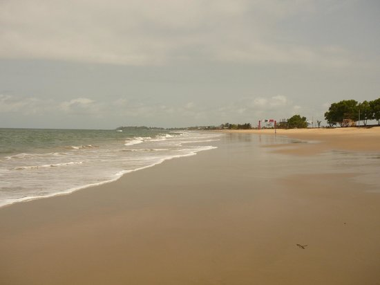 looking north along Lumley beach