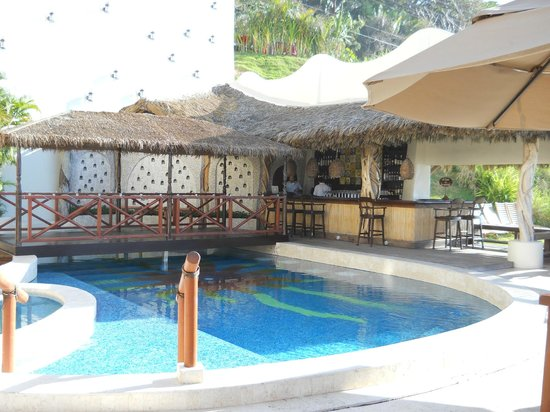 Hotel Playa Fiesta:                   Pool with Dance Floor